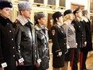 """Новая форма полиции: бейсболки, привет из царских времен и """"костюм стюардессы"""""""