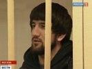 Мирзаев не смог разжалобить суд и случайно обругал его в трансляции. Бойцу грозят новой статьей