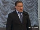 Глава города Юрий Переверзев поздравил учителей Первоуральска с предстоящим праздником 8 марта. Фото