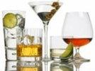 Самым популярным товаром класса люкс для россиян стал алкоголь, одежда на втором месте