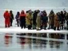 МЧС: льдина с 400 рыбаками дрейфует в Долинском районе Сахалина