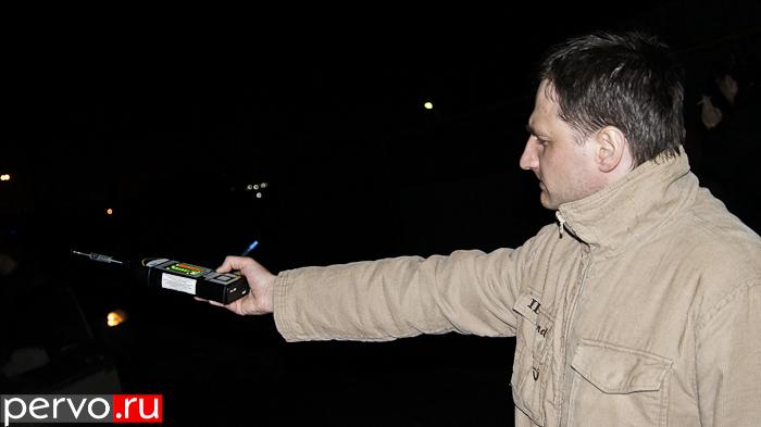 В Первоуральске Роспотребнадзор проверил уровень шума в Самстрое. Видео