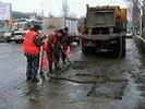 С приходом тепла, в Первоуральске начали ямочный ремонт