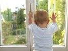 В Первоуральске 3-летний ребенок выпал из окна 5 этажа