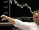 Российские индексы снова падают, доллар подскочил на 49 копеек, евро – на 38 копеек