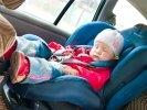 Таксистов предлагают лишать прав за отсутствие детского кресла