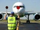 Медведев предложил временно отменить пошлины на импорт самолетов вместимостью до 72 мест