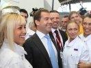 Дмитрию Медведеву показали инкубатор для металлургов нового поколения компании ЧТПЗ