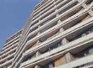 Женщина сбросила 6-летнего племянника с 10 этажа