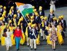 """10 секунд славы: неизвестная """"леди в красном"""" возглавила делегацию Индии на открытии Игр"""