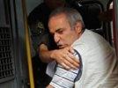 Каспаров намерен подать три иска против задержавших его полицейских