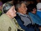 В Первоуральске лидеры «СПРАВЕДЛИВОЙ РОССИИ» собрали жителей, чье детство пришлось на военное лихолетье