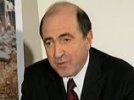 Forbes: после проигрыша Абрамовичу опальный олигарх Борис Березовский распродает имущество