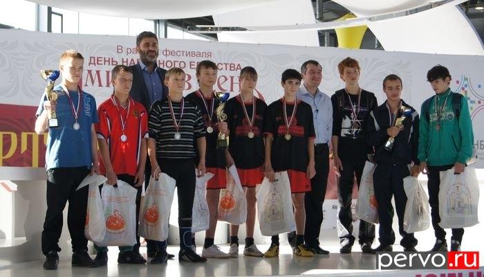 Дети Первоуральского детского дома заняли второе место в Спортивном празднике в Международном выставочном центре «Екатеринбург-ЭКСПО»