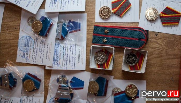Полицейские Первоуральска отмечают свой профессиональный праздник. Фото. Видео