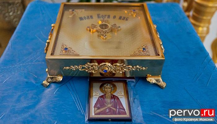 В храме Первоуральска Великомученицы Екатерины появилась первая святыня. Видео